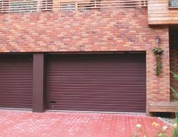 Sekční vrata garážová Dubňany (Hodonín)